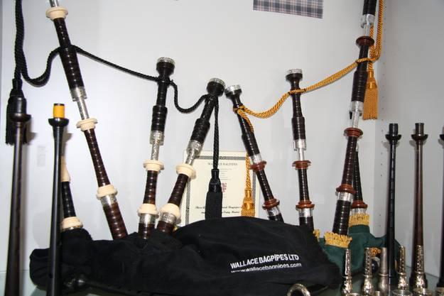 Dudelsäcke ausgestellt im Verkaufsladen