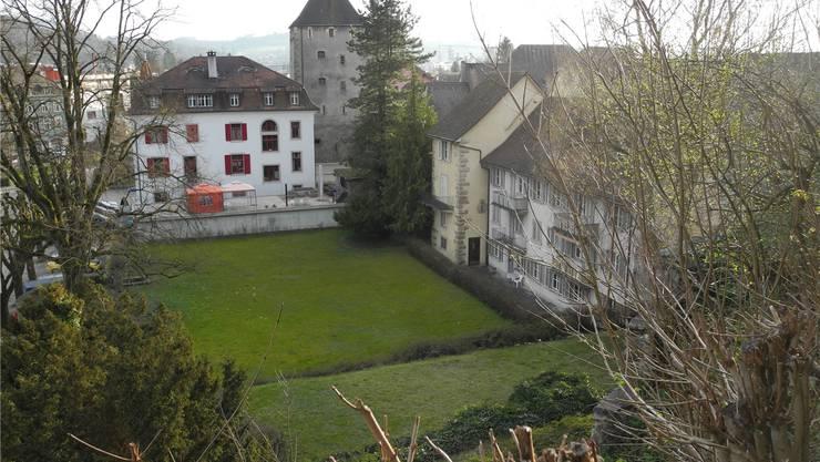 Die Grimmermatte und die Liegenschaft Grimmer (rechts) werden von der Ortsbürgergemeinde Laufenburg gekauft.