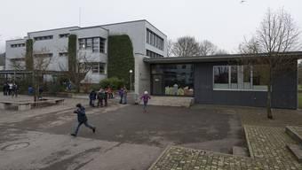 Die Margeläcker Schulhäuser sollen aufgestockt werden. Alex Spichale