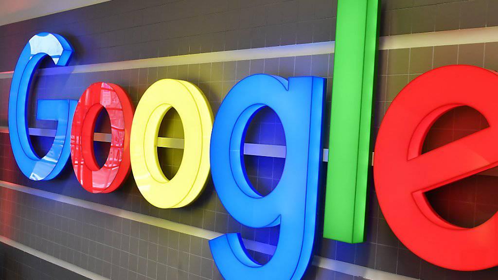 Google, die Grossbanken, ABB, Novartis oder Roche zählen in der Schweiz unter Studierenden zu den attraktivsten Arbeitgebern. (Archiv)