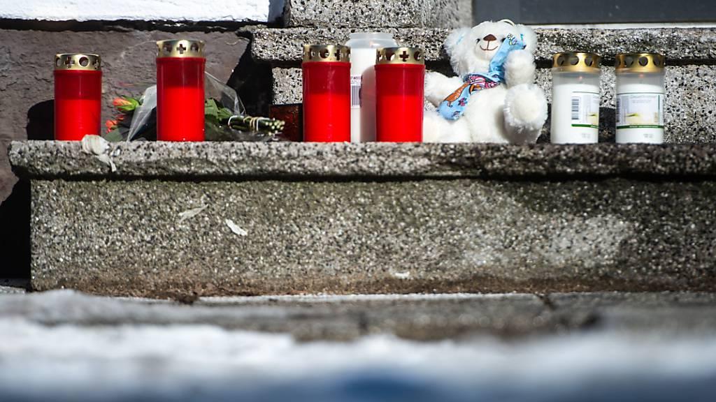 Vater tötete vier Familienmitglieder, dann sich selbst