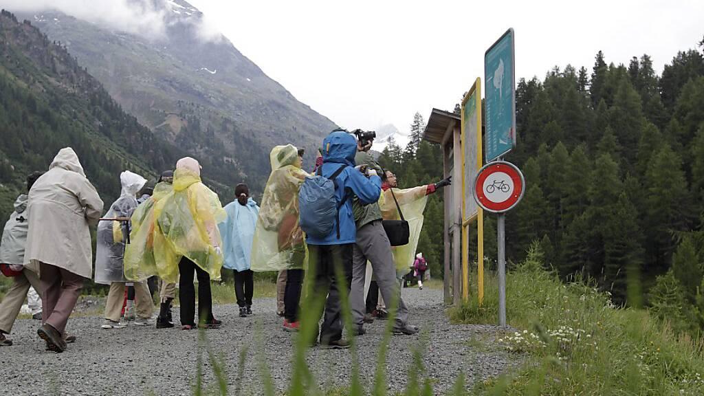 Wetter trübt Stimmung im Schweizer Tourismus zusätzlich
