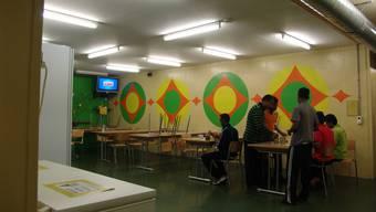 Abgewiesene Asylsuchenede im Urdorfer Nothilfe-Lager: Hierbei handelt es sich um den letzten Bunker, den die ORS AG im Auftrag des Kantons betreibt. (Archivbild)