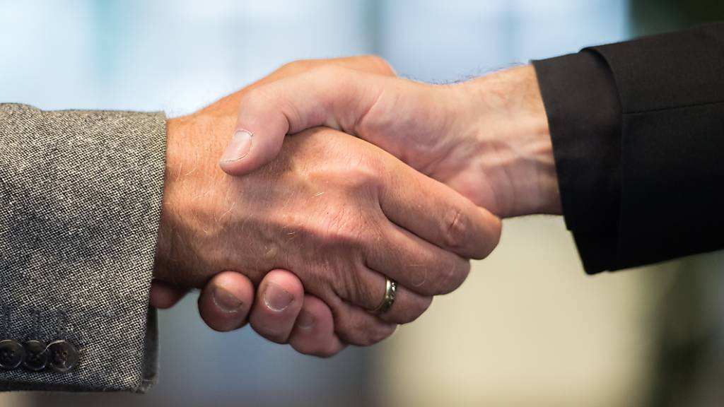 Wegen der Coronakrise übernehmen hiesige KMU bevorzugt Firmen aus der Region. (Symbolbild)