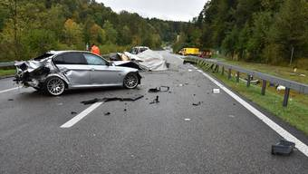 Wegen des Unfalls musste die Kemptthalstrasse gesperrt und der Verkehr umgeleitet werden.