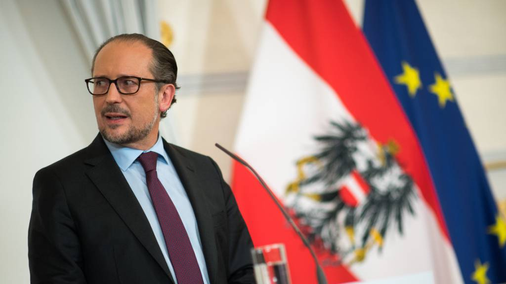 Österreich droht Ungeimpften mit Lockdown - Neuer Corona-Stufenplan