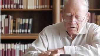 Auf dem Instagram-Konto der Zürcher Zentralbibliothek liest Franz Hohler aus einer seiner Geschichten.