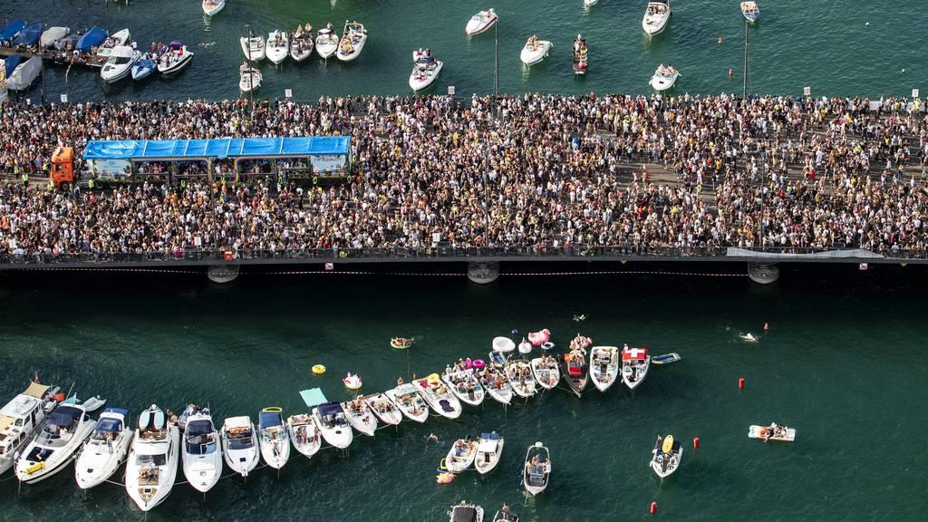 Die Street Parade 2019: So viele Menschen auf einem Fleck wären heute undenkbar.