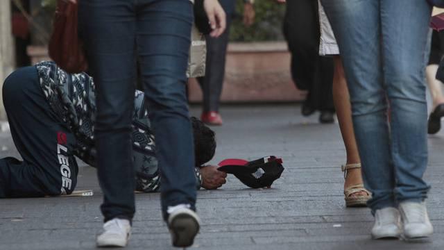 Die Schuldenkrise treibt immer Menschen in Spanien in die Armut