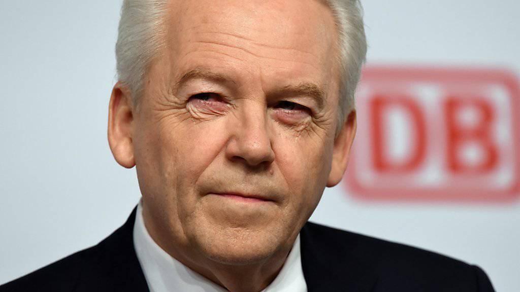 Ruediger Grube, Chef der Deutschen Bahn, will mit dem Unternehmen vorwärts kommen (Archivbild)