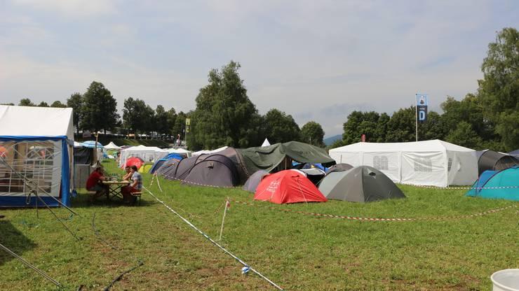 Bis am Sonntag wohnen hier die meisten auf dem Zeltplatz