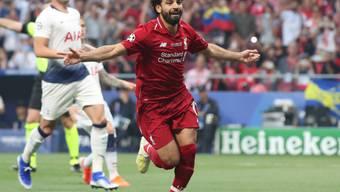 Schütze des frühen 1:0: Mohamed Salah brachte Liverpool mit seinem Handspenalty bereits in der 2. Minute in die richtige Spur