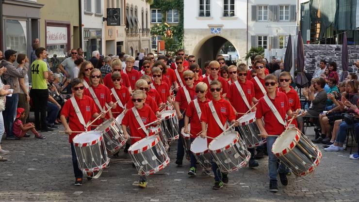 Jungtambouren am «Zentralschweizerischen» 2017 in Lenzburg