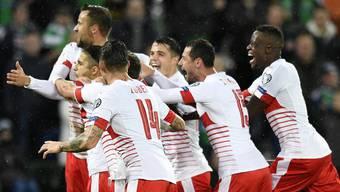 Jubel bei der Schweizer Nati nach dem 1:0 gegen Nordirland.