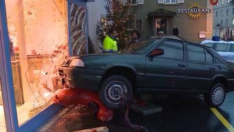 Laut Statistik ist praktisch täglich ein Autolenker über 70 Jahre in einen schweren Unfall verwickelt. In den letzten zehn Jahren hat sich die Anzahl von Verkehrsdelikten wegen verurteilter Senioren verdoppelt. Experten warnen vor dieser alarmierenden Entwicklung.