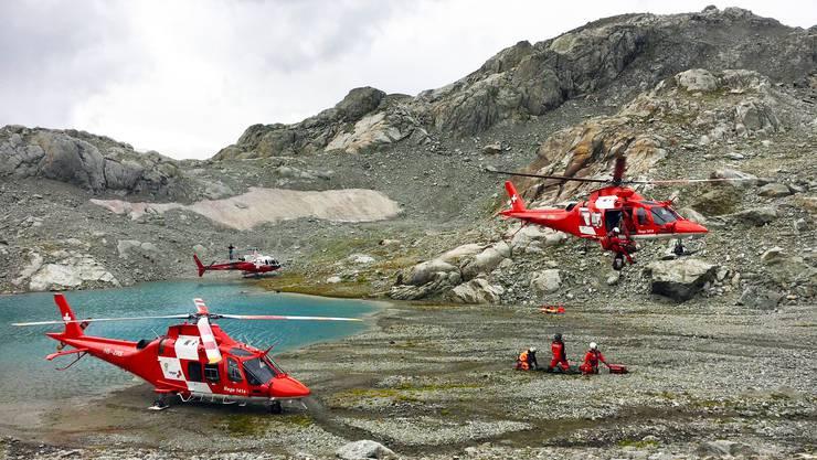 Die Verletzten wurden nach der Rettung bei einem Zwischenlandeplatz umgeladen und ins Spital geflogen.