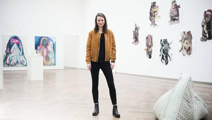 Mit Codes umgeht sie physikalische Gesetze und hinterfragt so die Realität. Sarah Buser in der Kunsthalle, wo sie an einem Vermittlungsprojekt beteiligt ist.