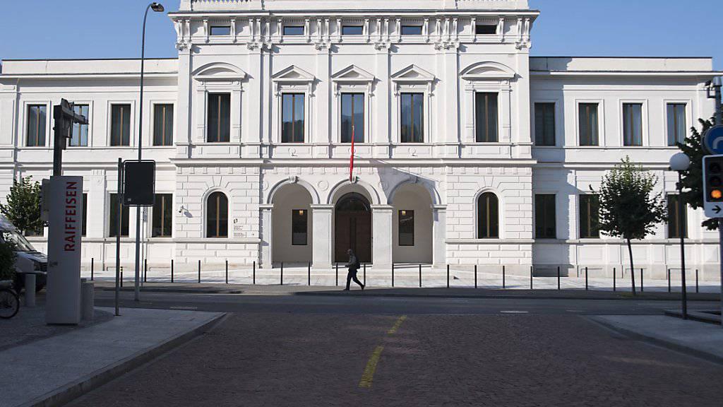 Vor dem Bundesstrafgericht in Bellinzona stehen seit Montag zwei Nigerianer, die des Drogenschmuggels beschuldigt werden. (Archivbild)