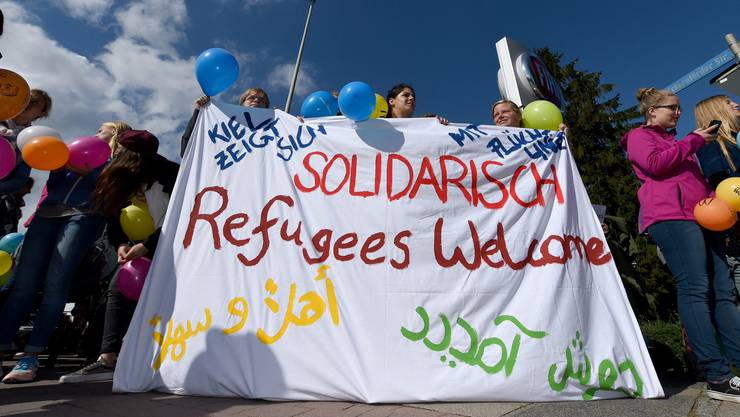 «Refugees Welcome»: Solche Transparente dürften an der Demo in Aarau auch zu sehen sein. (Symbolbild)