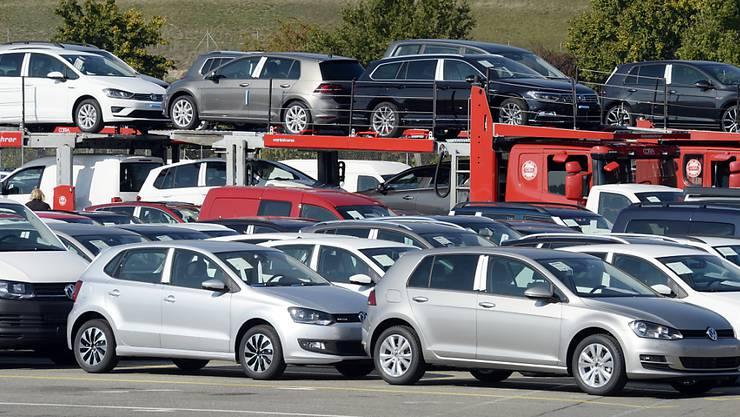 Auf 1000 Personen kommen im Aargau 588 Personenwagen. (Symbolbild)