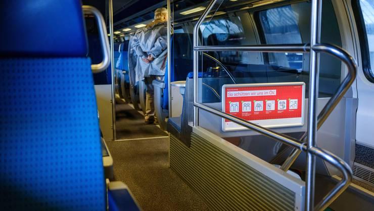 Die öffentlichen Verkehrsmittel verzeichnen wieder weniger Passagiere. (Symbolbild)