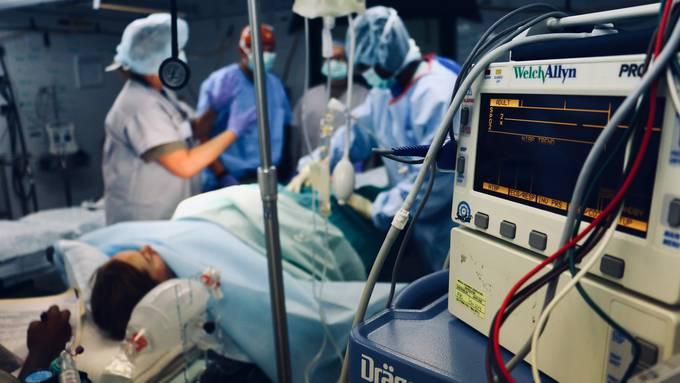 Kantone sollen ambulante Spitalbehandlungen mitbezahlen