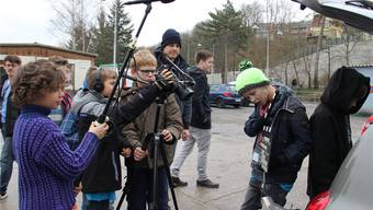 Kamera an – Ton läuft: Die Dreharbeiten für einen Agentenstreifen sind in vollem Gange.