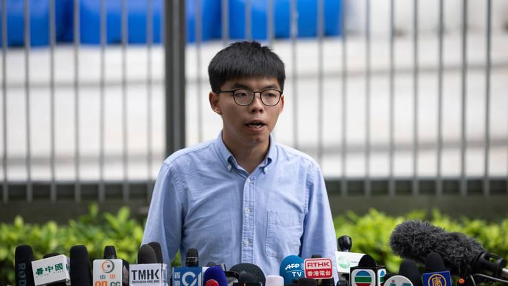 Joshua Wong nimmt Stellung zu seinem Ausschluss von den Kommunalwahlen im November 2019.