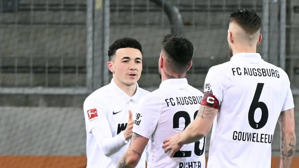 Augsburg und Vargas lassen Gladbach weiter schmoren