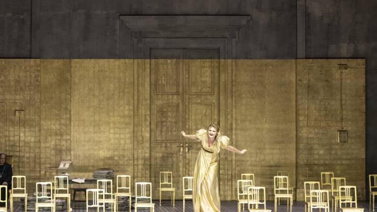 """Das Zürcher Opernhaus will dem Publikum die Wartezeit versüssen: Ab dem 15. November werden Aufführungen wie die diesjährige Eröffnungspremiere """"Boris Godunow"""" (Bild) online und im Fernsehen gezeigt."""