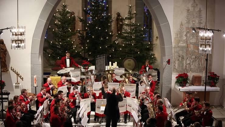 Die Brass Band Matzendorf zeigte in der fast bis auf den letzten Platz besetzten Kirche unter der Leitung Marcel Bosserts eine beeindruckende Leistung.