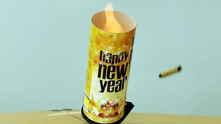 Feuer und Flamme für ein glückliches neues Jahr.