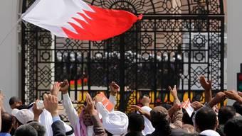 Schiitische Oppositionelle belagern das Büro des Regierungschefs in Bahrain