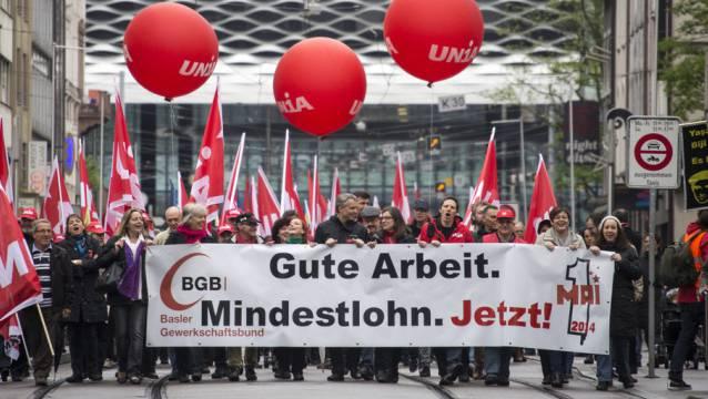 Schon lange ist der Mindestlohn Thema in Basel.