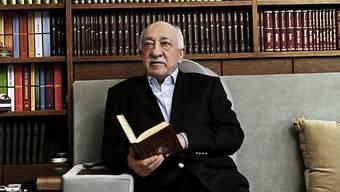 Sein Bruder wurde wegen Mitgliedschaft in einer bewaffneten Terrorgruppe verurteilt: der im Exil in den USA lebende und von der Türkei gesuchte Prediger Fethullah Gülen. (Archivbild)