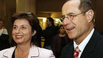 Seit 2007 werden die beiden Basel im Ständerat von den Sozialdemokraten Anita Fetz und Claude Janiak vertreten (Bild von der Wahl am 21. Oktober 2007). Claude Longchamp sieht die beiden auch künftig im «Stöckli».