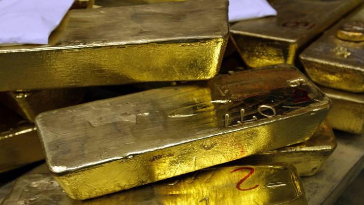 Der Franzose fand einige Goldbarren sowie Goldstücke im Haus. (Symbolbild)