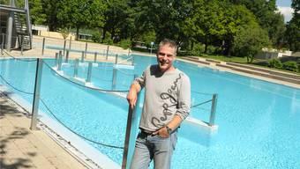 Dieses Wochenende beginnt die Badesaison im Bachgraben. Der Geschäftsführer hofft auf eine erfolgreiche Saison. Martin Töngi