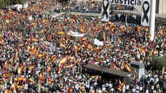 Zehntausende protestierten gegen die Freilassung von Terroristen