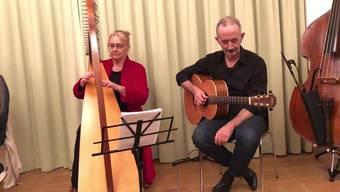 mit Harfenistin Catherine Rhatigan und Gitarrist David Aebli.