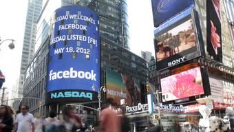 Das neuerdings börsenkotierte Facebook sieht sich einer Sammelklage gegenüber