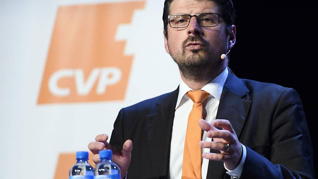Da war er noch in Amt und würden: Der damalige CVP-Nationalrat und -Vizepräsident Yannick Buttet am Sommerkongress seiner Partei. (Archiv)
