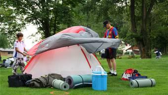 Zelten in der Nähe - hier beim Zelten in der Badi in Klingnau (Archiv)