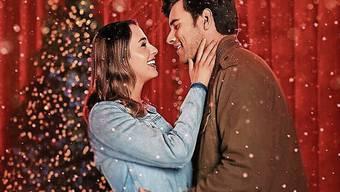«A California Christmas» mit Lauren und Josh Swickard.
