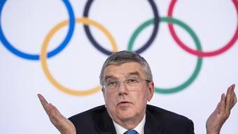 «Ich kann Ihnen sagen, dass beim Meeting des IOC-Exekutivkomitees weder das Wort Absage noch das Wort Verschiebung gefallen ist», betont IOC-Präsident Thomas Bach in Lausanne.