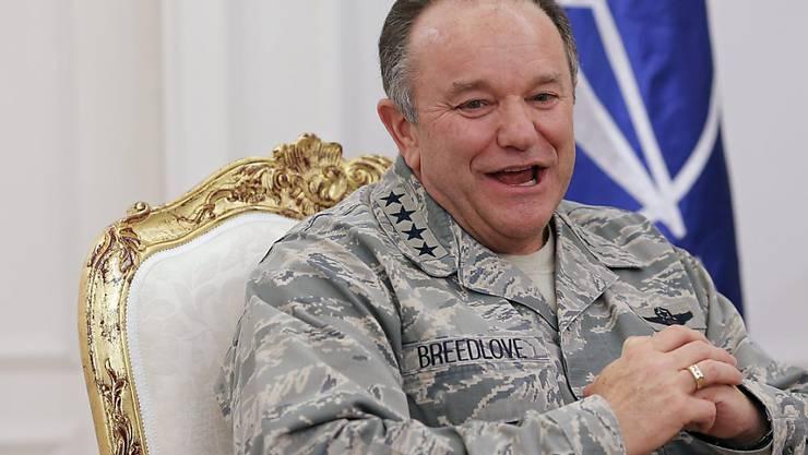 NATO-General Philip Breedlove wirft Russland vor, im Konflikt in der Ukraine noch immer stark involviert zu sein. (Archiv)