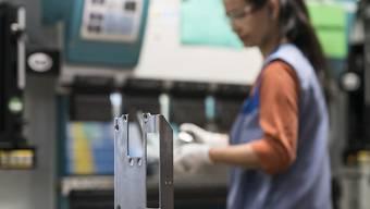 Schweizer KMU sind auf ausländische Fachkräfte und die Personenfreizügigkeit angewiesen. Aus diesem Grund lehnt der Gewerbeverband die Begrenzungsinitiative der SVP ab. (Themenbild)