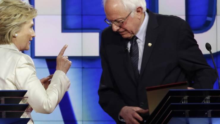 Keine weitere TV-Debatte der Demokraten: Hillary Clinton will sich nicht mehr mit Bernie Sanders vor den Kameras streiten. (Archivbild)