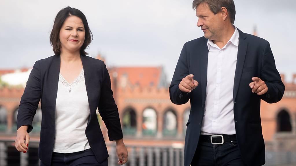 Die Bundesvorsitzenden der Grünen, Annalena Baerbock und Robert Habeck, in Berlin. Foto: Kay Nietfeld/dpa