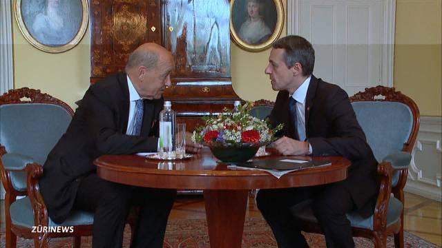 Cassis empfängt französischen Aussenminister Jean-Yves Le Drian in Bern
